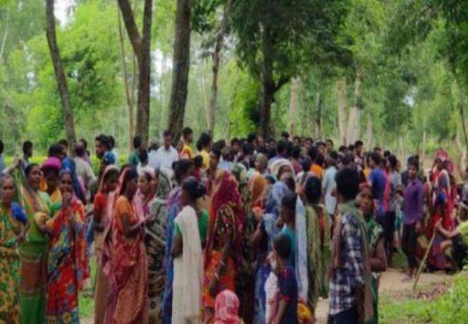 কমলগঞ্জে পাত্রখোলা চা বাগানে দুটি গ্রুপের মধ্যে চরম উত্তেজনা : পরিস্থিতি নিয়ন্ত্রণে পুলিশ ঘটনাস্থলে